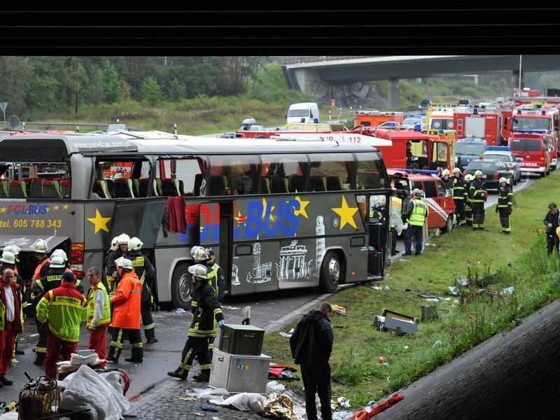 Aktuelle Nachrichten Busunfall