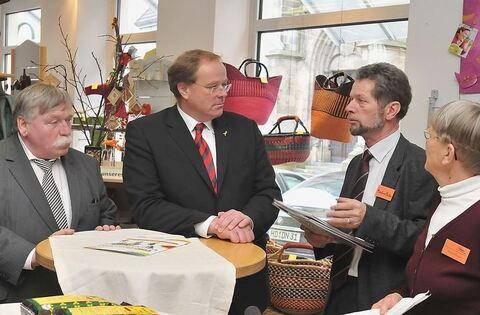 Visite beim endverbraucher reutlingen reutlinger for Reutlinger general anzeiger immobilien