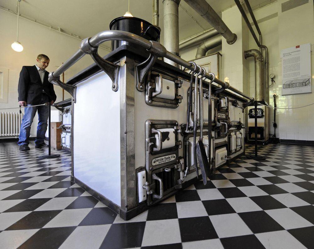 Wasserschaden behoben: Jagdschloss in Bebenhausen öffnet wieder ...