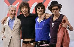 Rolling Stones 2005 bei der »Bigger-Bang«-Tour (von links): Charlie Watts, Mick Jagger, Ron Wood, Keith Richards.  FOTO: DPA