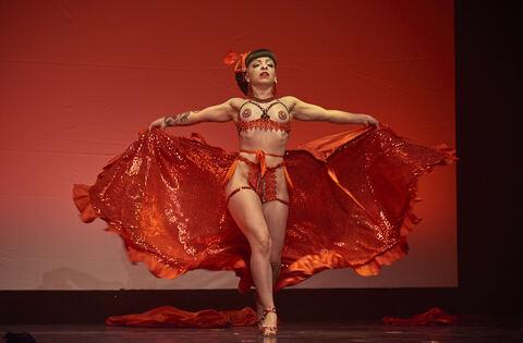 Friedrichsbau-Variet-fr-nt-dem-Burlesque-Genre