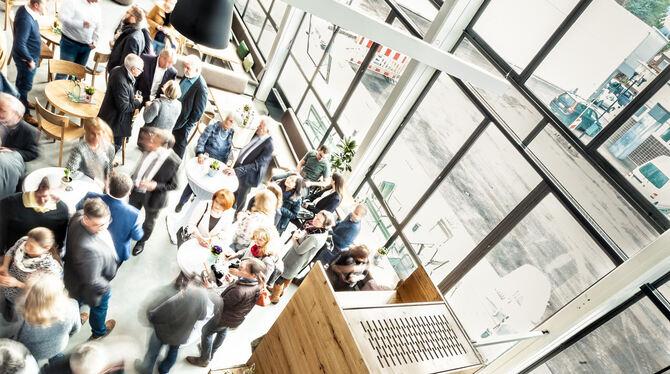 Cafe Pausa Vom Hinterhof Zur Guten Stube Kreis Tubingen