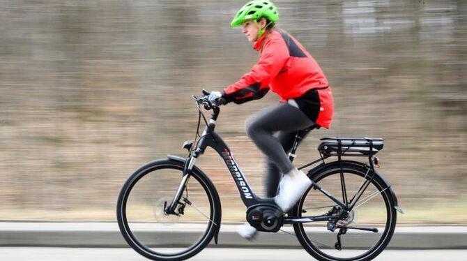 sicherheitskurse an der kreuzeiche sicher mit dem e bike. Black Bedroom Furniture Sets. Home Design Ideas