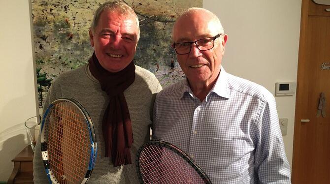 Sie sind ein eingespieltes Team: Vorstand Reiner Bierig (links) und Geschäftsführer und Kassier Karl Luz vom Tennis-Club. FOTO: