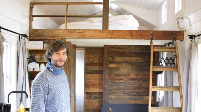 Bastian Traub hat dieses Tiny House selbst gebaut.  FOTOS: WEBER