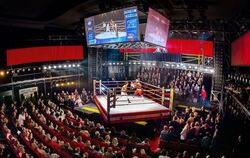 Spektakuläre Technik: Der Theatersaal wird bei »Rocky – Das Musical« zur Box-Arena. FOTO: STAGE ENTERTAINMENT