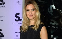 Model Bar Refaeli 2015 bei der Mercedes-Benz Fashion Week in Berlin. Foto: Britta Pedersen