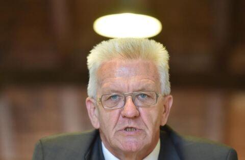 Kretschmann in der stadthalle reutlingen reutlinger for Reutlinger general anzeiger immobilien